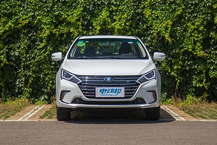 比亚迪 秦EV450 新能源汽车