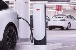 特斯拉将推新快充桩,充电速率提升两倍