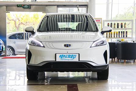 吉利帝豪 GSe 新能源汽车