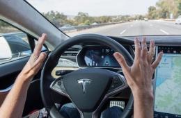 特斯拉全自动驾驶升级包来了!8月将上线