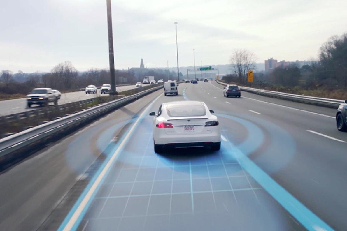 特斯拉Autopilot将于8月迎来V9版本 这次是真正的自动驾驶