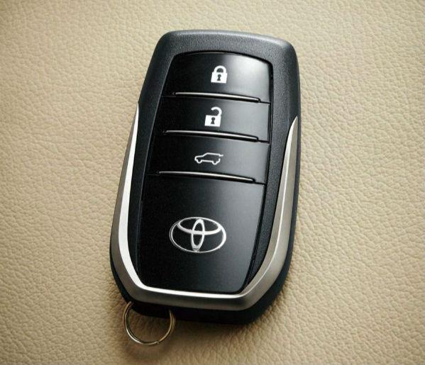 汽车钥匙电池能用多久――如何更换