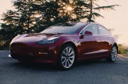 """支持""""召唤""""功能/车厢过热保护 特斯拉Model 3升级"""
