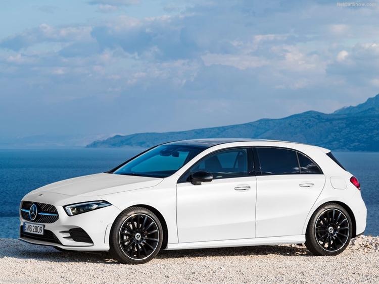 Mercedes-Benz-A-Class-2019-1024-10