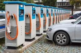 6月新增5000个 全国公共充电桩超27万个