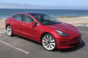 Model 3性能版初体验:多花1.5万美元只换来加速快1.6秒?