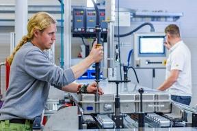 AKASOL开发第二代电池技术,密度提升35%