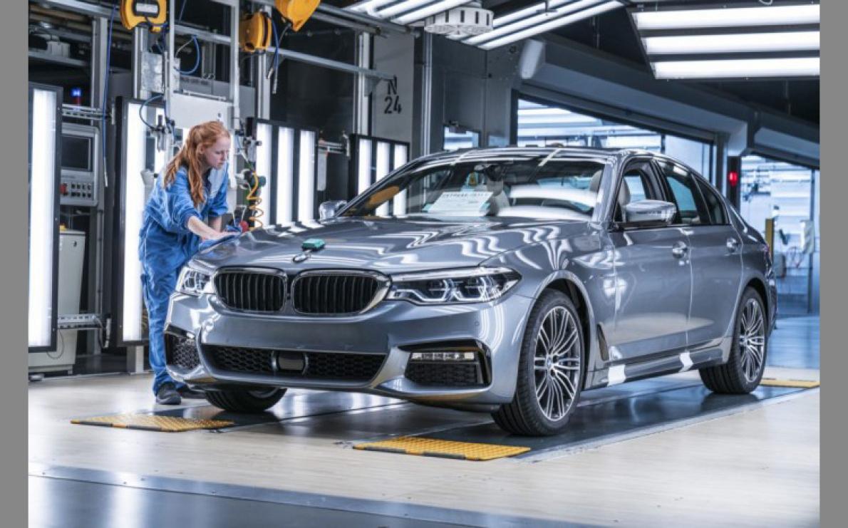 一座能在內燃機汽車和EV生產切換自如的寶馬工廠