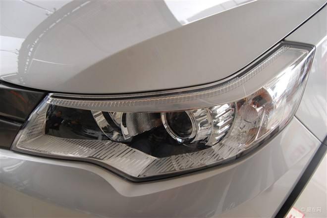 汽车换大灯需要设置电路参数吗,汽车灯光改装是否违规