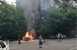 威马对于EX5试装车发生起火自燃事件,发公开信解释