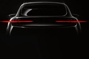 福特跨界电动车效果图曝光,类似Mustang设计