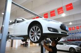 马斯克嫌外面维修店太慢 争取特斯拉内部提供车辆维修