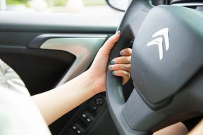 自动挡的车用几个脚开,自动挡汽车驾驶技巧