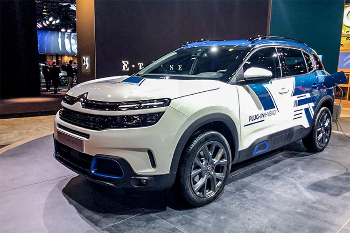 百公里油耗2升 雪铁龙发布C5 AIRCROSS插电混动版车型