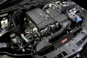 秋季车辆养护,适时调整机油浓度