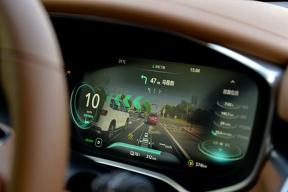 从荣威MARVELX谈自主品牌借电动车完成品牌上行