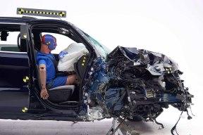 比C-NCAP更严格的碰撞测试 邦老师解读C-IASI
