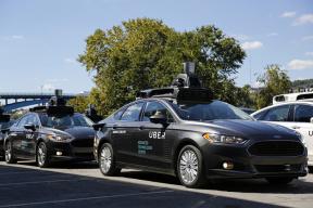 Uber:自动驾驶申请重新上路  前排将有两名司机