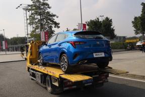 2018广州车展探馆:追着板车狂奔5公里,抢拍到了长安逸动ET的实车