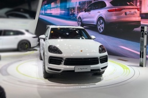3.0升排量的插混车,买不起的保时捷Cayenne E-Hybrid亮相广州车展