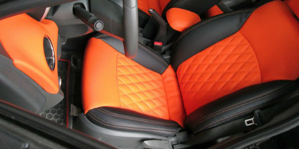 汽车真皮座椅有味道怎么办 汽车真皮座椅保养的小秘诀