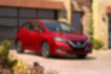Nissan-Leaf-2018-800-05