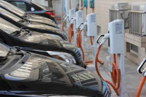 11月新增5086台  全国公共充电桩累积已有29万台