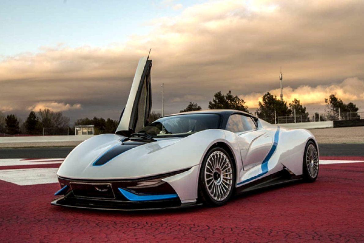 剪刀门,加速2.7秒,售价超千万,这款国产超跑明年将亮相日内瓦车展