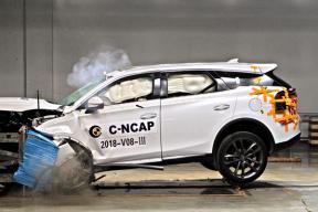 首款在C-NCAP碰撞获5星的新能源车,上市半年销量超2.5万台