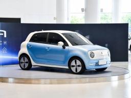 一个续航跨一级,一个空间越两级,一个配置跨三级,这三辆微型车怎么选?