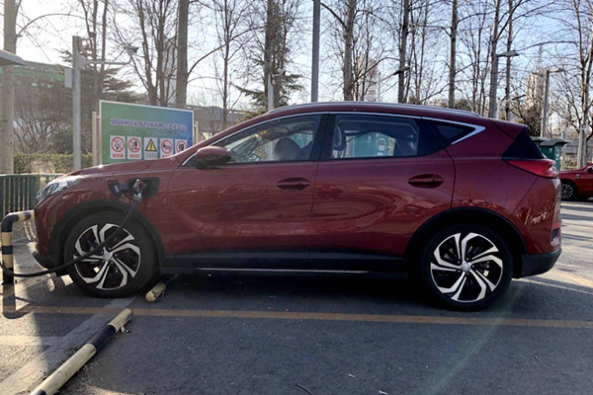 百公里加速5.9秒,今年3月上市,紅旗E-HS3量產版實車首次曝光