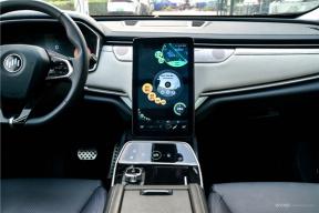 针对充电效率、储能管理、舒适性体验,威马EX5将迎来第2次软件升级