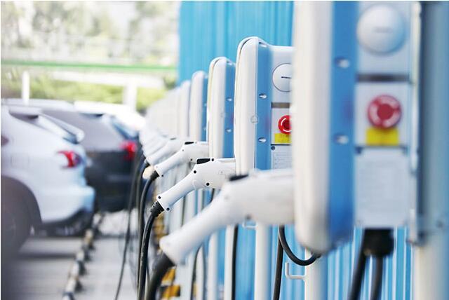 新能源电动汽车充电桩是如何工作