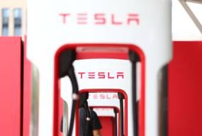特斯拉开始在国内薅羊毛了,超级充电站开始涨价