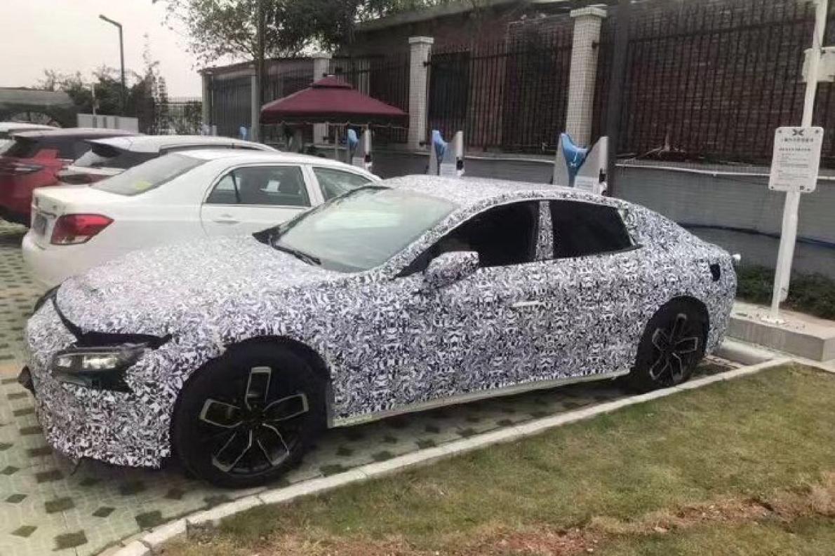 采用溜背造型 疑似小鹏第二款新车G5谍照曝光