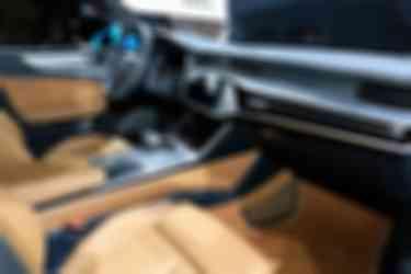 奥迪A7 55 TFSI e5 (1)