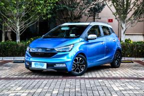 微型车配有HUD、电尾门、胎压监测等,易至EV3将于3月26日正式上市