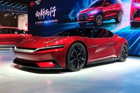 比亚迪宋Pro、E-SEED GT 概念车及 e2 亮相 2019 上海车展