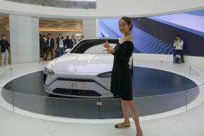 2019上海车展视频-中大型轿跑,溜背造型 体验蔚来ET PREVIEW