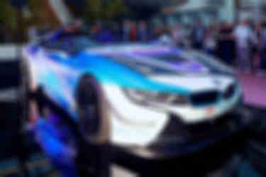 bmw-i8-roadster-safety-car-(3)