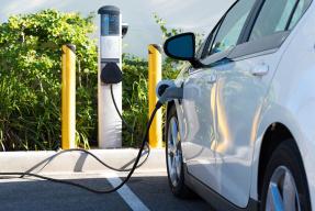 推多项鼓励政策 福建加强新能源车辆推广