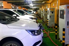 成本与利润难以平衡 新能源汽车回收要稳扎稳打