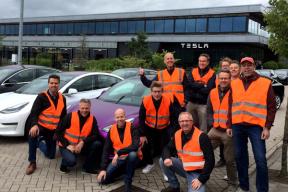特斯拉降价再引抗议,欧洲 2 个国家的 Model 3 车主聚集特斯拉欧洲工厂