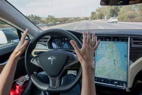 """特斯拉神秘技术 Dojo 新进展 能否实现"""" 100 万台无人出租车""""之梦?"""