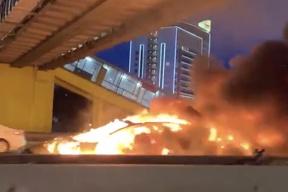特斯拉 Autopilot 再次失误!俄罗斯一辆 Model 3 撞向拖车发生爆炸,所幸无人遇难