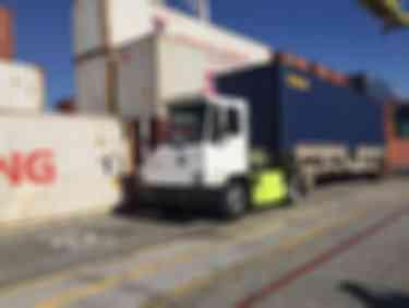 比亚迪为洛杉矶港提供纯电动重型卡车