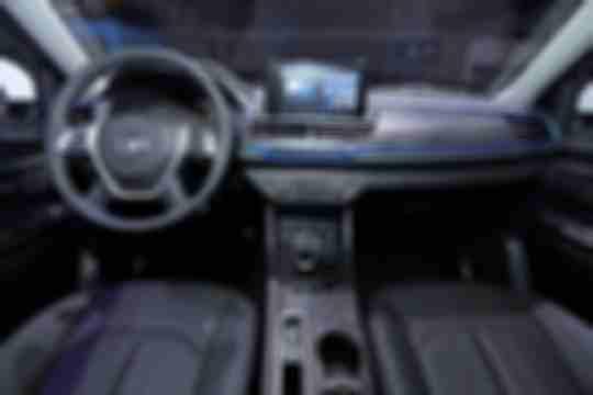 autohomecar__ChsEmV15qPeAaygxAAFgvR63OxE180