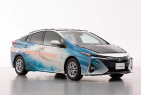 普锐斯+夏普太阳能电池板,丰田正在测试太阳能充电效率