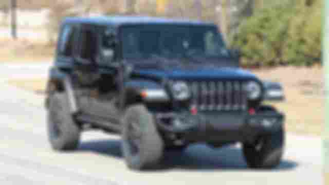 jeep-wrangler-plug-in-hybrid-spied-for-first-time