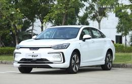 推荐购买15.99万元逸风版 北京汽车EU7购买分析